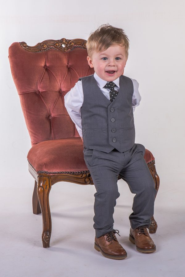 Boys 4 piece Suit Grey Romario