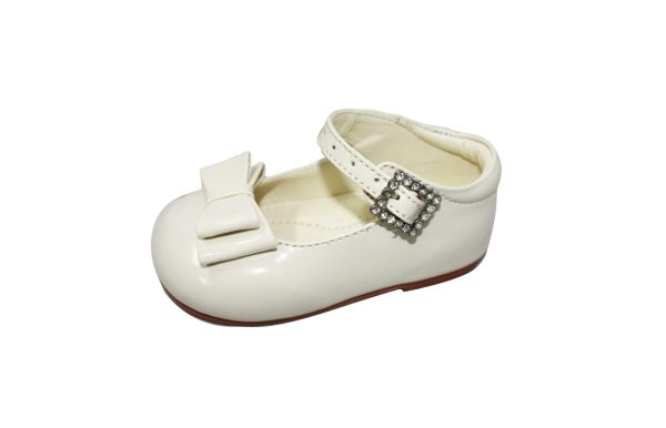 Cream Patent Shoes With Bow Feature